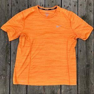 Nike Running Dri Fit Light T Shirt L